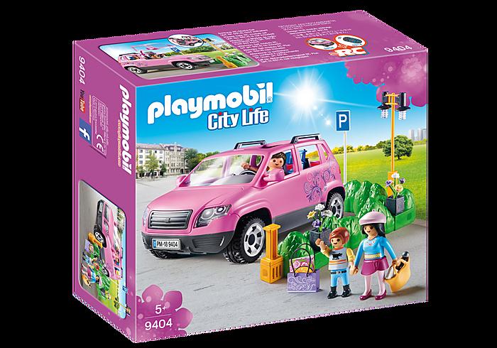 Οικογενειακό αμάξι και υπαίθριος χώρος στάθμευσης PLAYMOBIL